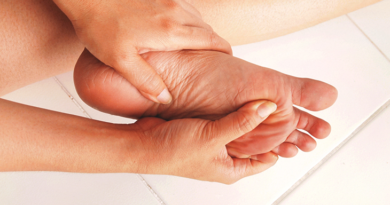 What Causes Pain In The Feet